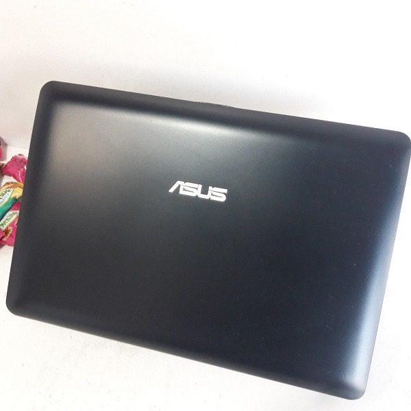 Asus 1015B